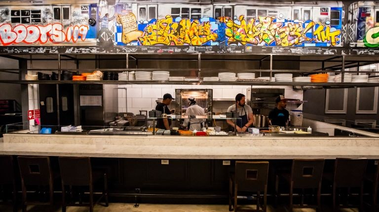 Dân Hip Hop muốn mở nhà hàng thì nên tham khảo ý tưởng nào, có một ví dụ nhỏ cho bạn đây