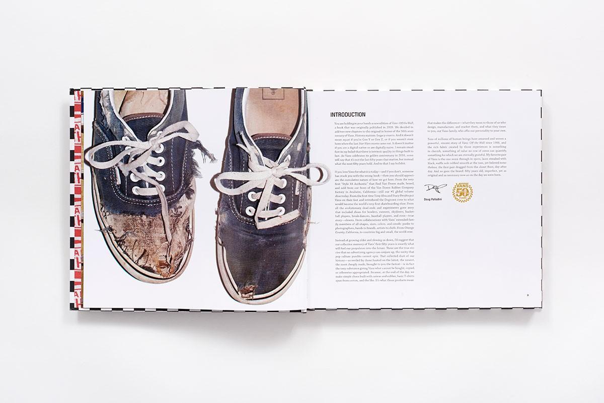 Nhà sáng lập Paul Van Doren xuất bản cuốn hồi ký cá nhân về quá trình phát triển của hãng giày nổi tiếng Vans