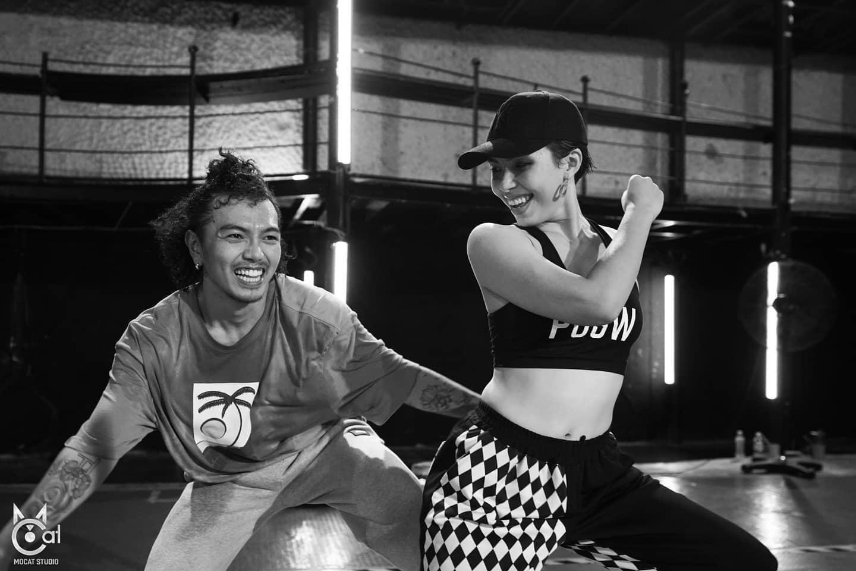 Popper CK Animation quay lại thi đấu tìm năng lượng mới, Dancer Lina Trần nói người già nên tập nhảy, hai câu chuyện nhưng chung một cảm hứng