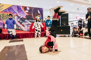 Hình ảnh kỷ niệm 7 năm thành lập của Công Rùa Class, chuỗi đào tạo nhảy Breaking trẻ em lớn nhất Việt Nam