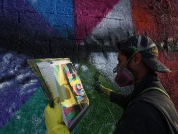 Hoãn Olympic Tokyo 2020 mất rồi, vậy hãy cùng xem lại kỷ lục Guinness về bức Graffiti lớn nhất tại Olympic Rio 2016 có ý nghĩa gì.