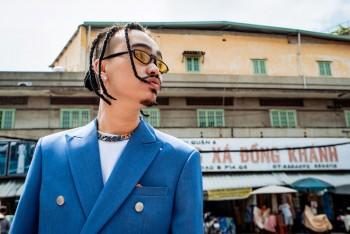 """MC Masta B xuất hiện với bộ Suit màu """"Ngọc Lam"""", gửi đi thông điệp """"Ép mình luôn đột phá sẽ khiến bản thân từng bước trưởng thành"""""""