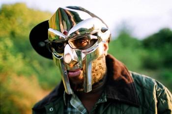 MF Doom qua đời, cộng đồng Hip Hop sẽ không chỉ nhớ về âm nhạc của ông mà còn là chiếc mặt nạ của nghệ sỹ này