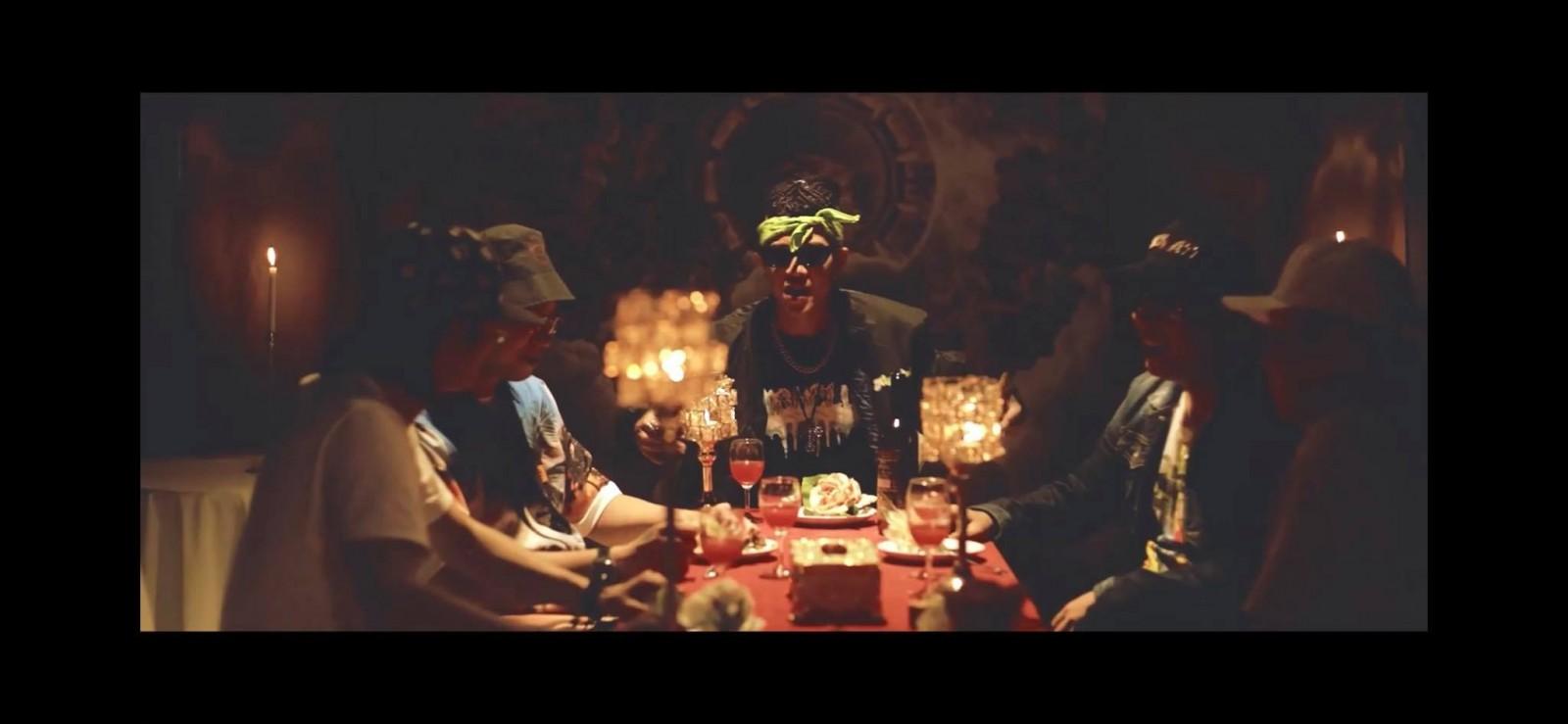 Young Uno ra nhạc phẩm xuất hiện thế hệ F1 của Rap miền Bắc, nhưng có một Clip khác từ khoảng 16 năm trước rõ nét hơn về họ